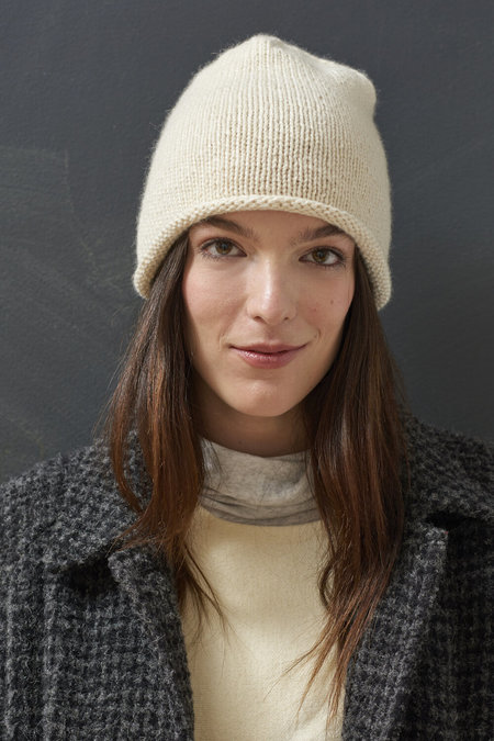 WOOLN THE CASHMERE CLASSIC BEANIE
