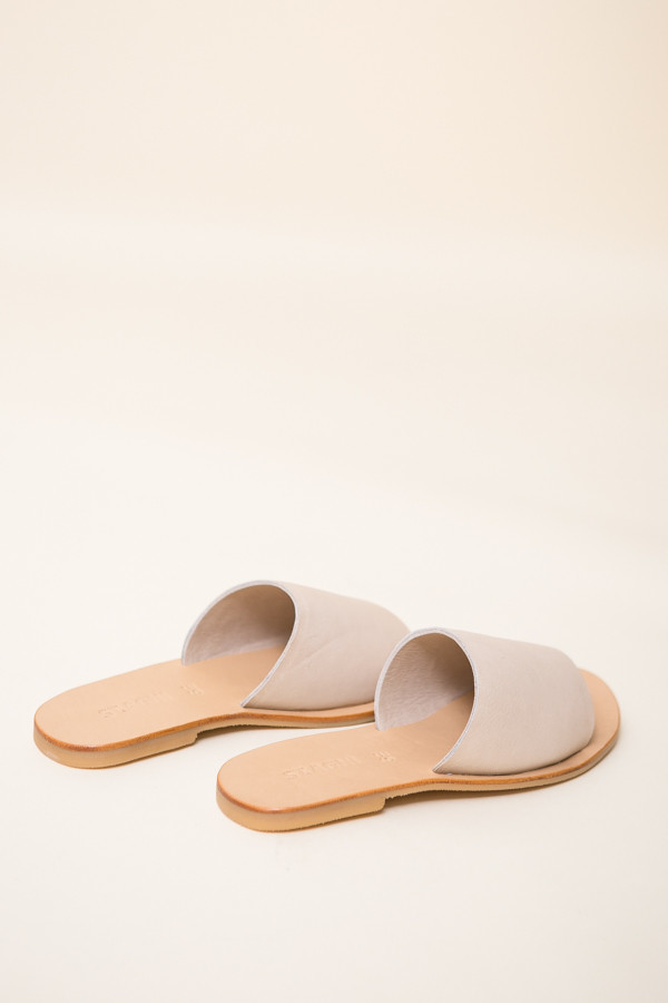St. Agni Aiko Basic Slides / Nude Leather
