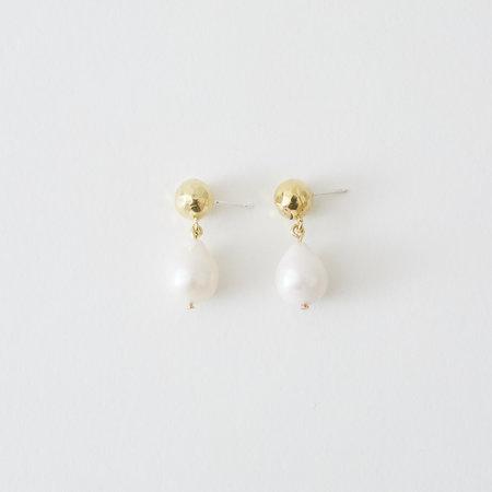 Crescioni perla earrings - Pearl/Brass