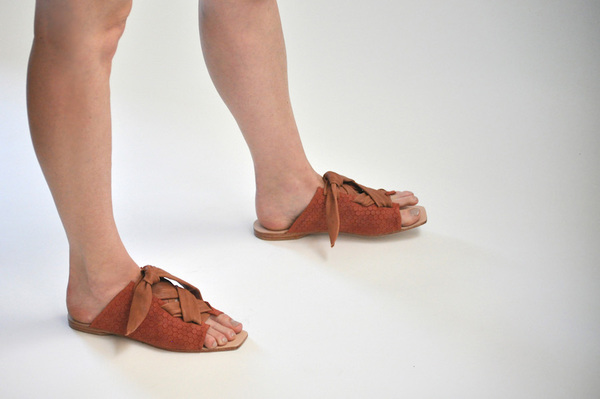The Palatines Texo sandal - clay hex leather with shiny rust ties