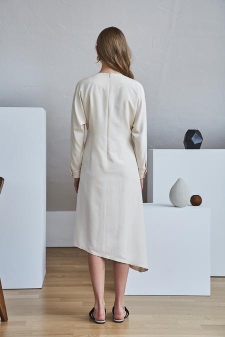 Maison De Ines UNBALANCE WRAP DRESS - Beige