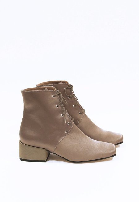 About Arianne Gabriel Ankle Boots - Mink