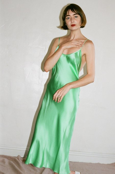 Priscavera Open Back Keyhole Dress in Mint