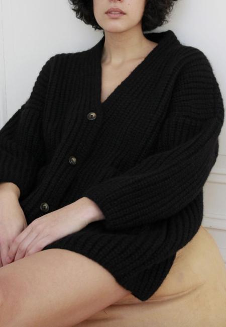 Ajaie Alaie Suei Cardigan - Black