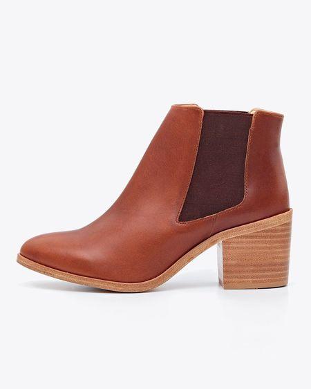 Nisolo Heeled Chelsea Boot - Brandy
