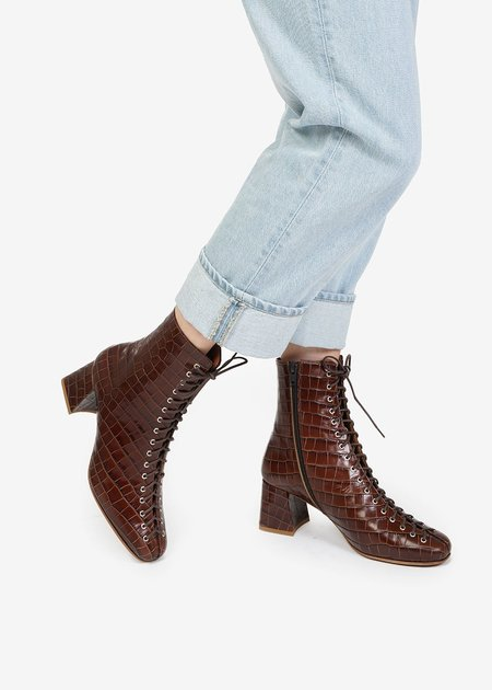 BY FAR Becca Boots - Nutella Croco