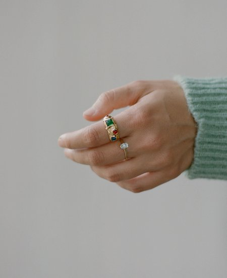 MONDO MONDO Guinevere Ring - Topaz
