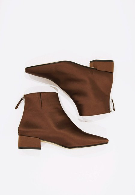 About Arianne Robbie Ankle Boots - Coffee