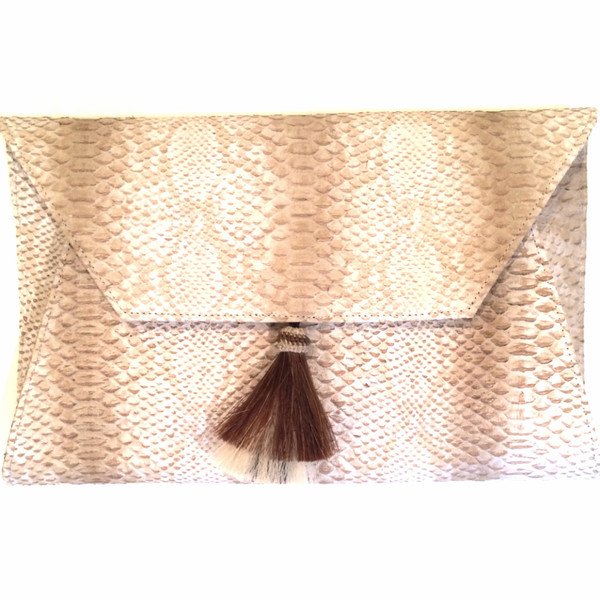OLIVEVE cleo envelope clutch in cream cobra cow leather with horsehair tassel