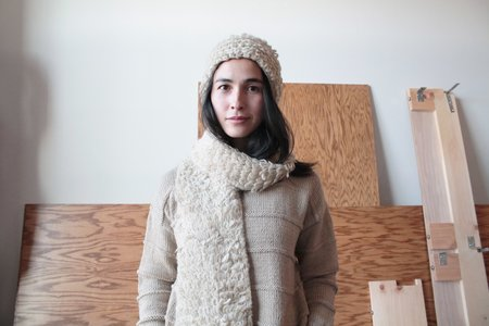 Colorant ELECTRA KNIT SCARF - PEBBLE