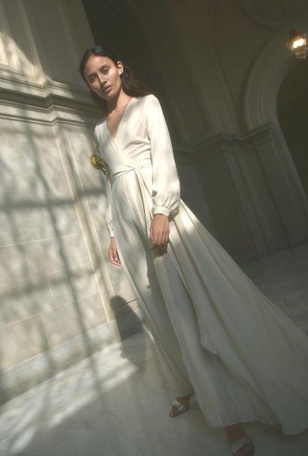 Kamperett LINDEN SILK MAXI WRAP DRESS - IVORY