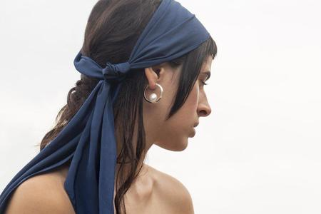 YUUN Lua Earrings