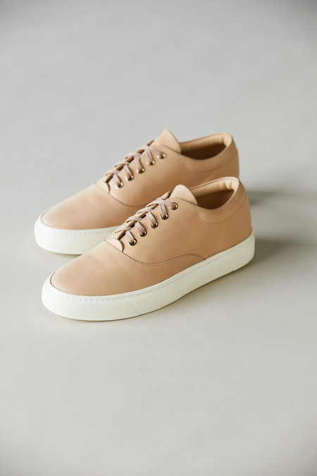 Nisolo Elayna Sneaker - Natural Vachetta