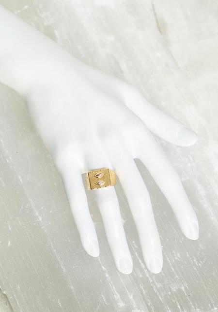 Bjorg Lovers Eye Ring