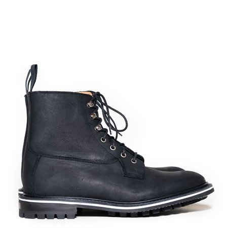 Tricker's Waxy Cuba Burford Derby Boot - Black