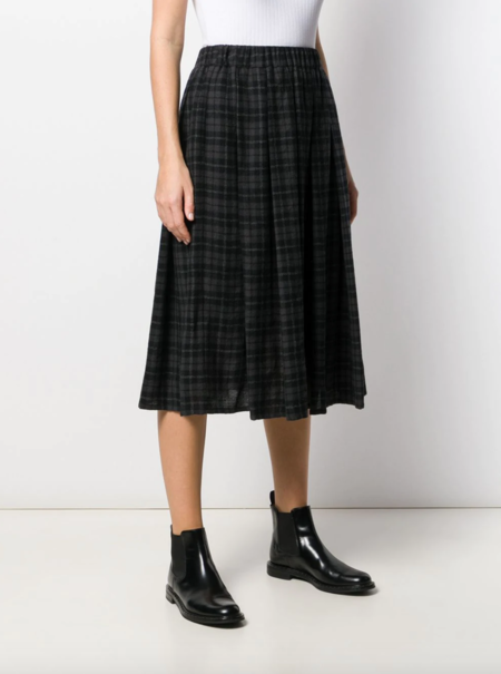 a punto b wool pleated plaid skirt with pockets