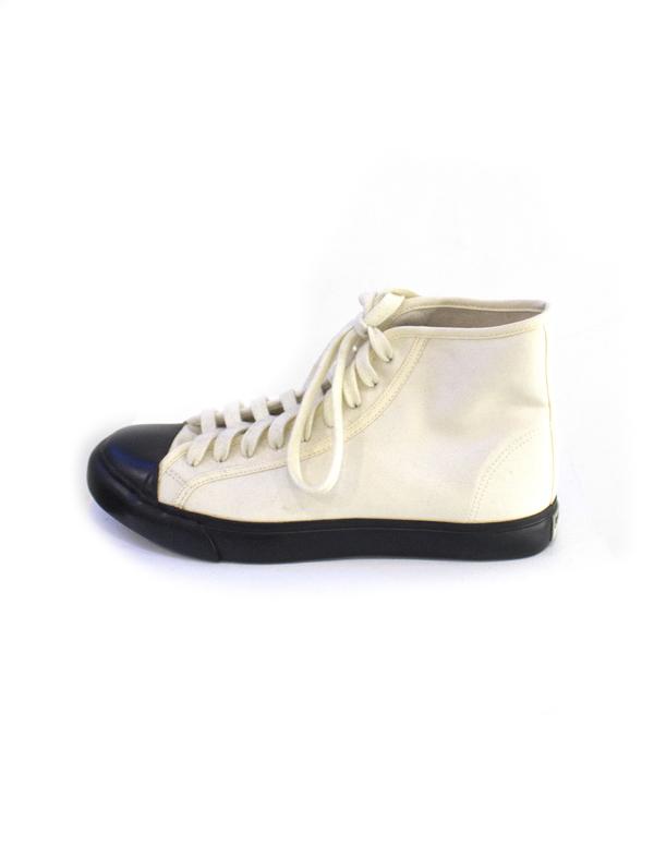 Sisii Canvas Sneaker High Cut