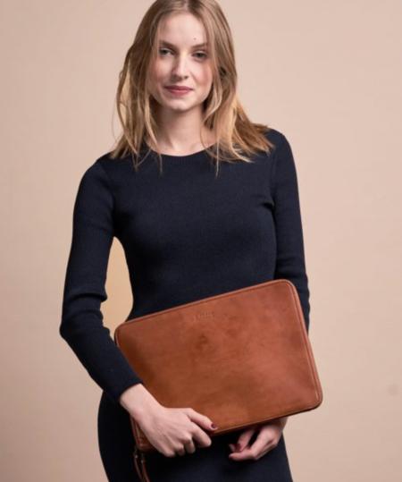 O My Bag Zipper Laptop Sleeve 15″ Eco - Cognac
