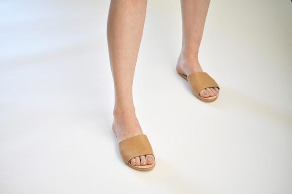 The Palatines Shoes Caelum Slide Sandal - Tan