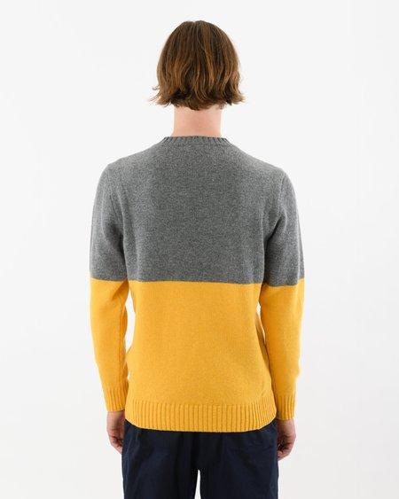 Country of Origin Updown Lambswool Crew sweater - Yellow