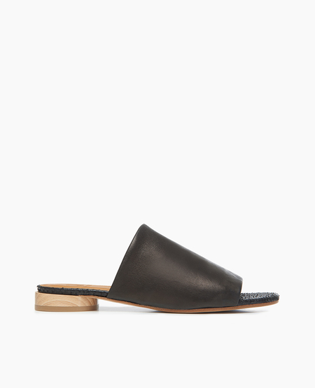 Coclico Court Sandal in Stretch Natur Black