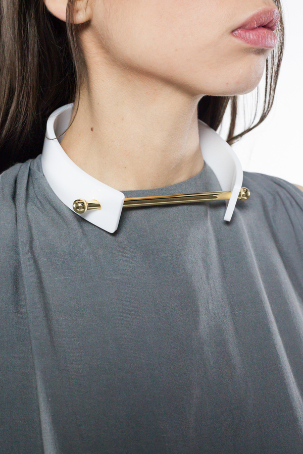 Aana Janakis Collar - White and Gold