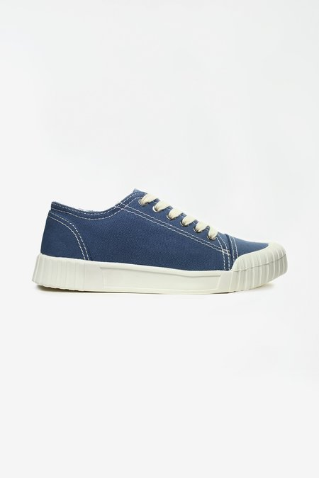 Good News Bagger navy low top sneaker