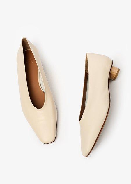 LOQ Crema Paz Heels - off-white