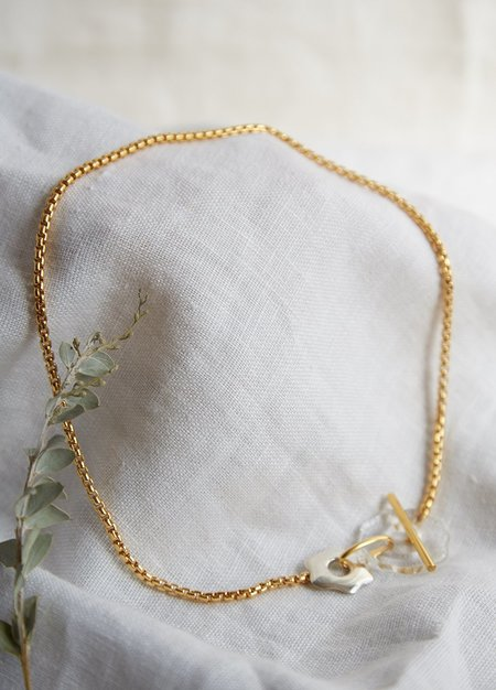 Cled Avens Toggle Necklace - gold