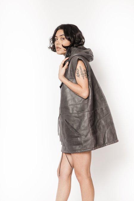 La Bete shearling oversized sleeveless anorak