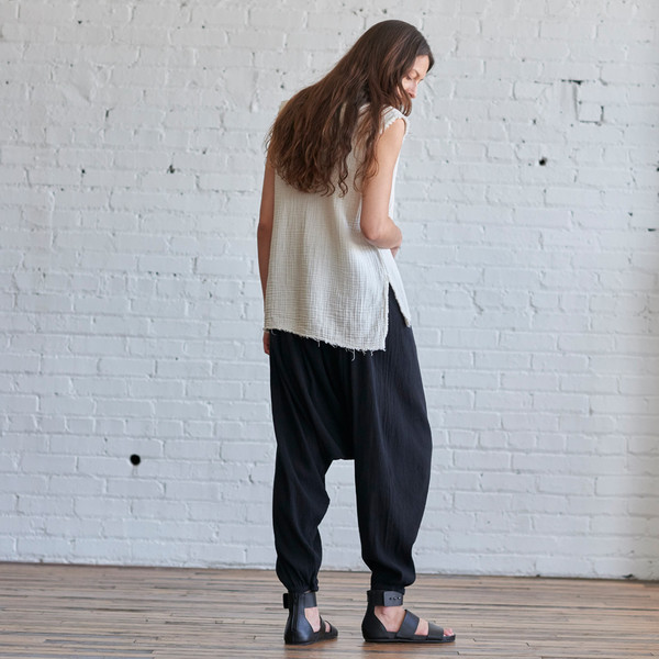 Black Crane Accordion Pant