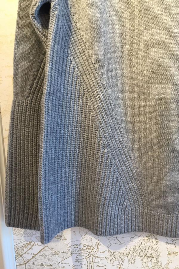 Allude A-line cashmere sweater