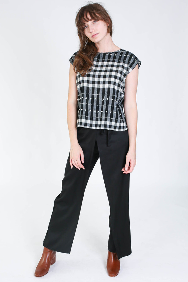 Svilu Base top in black/white check