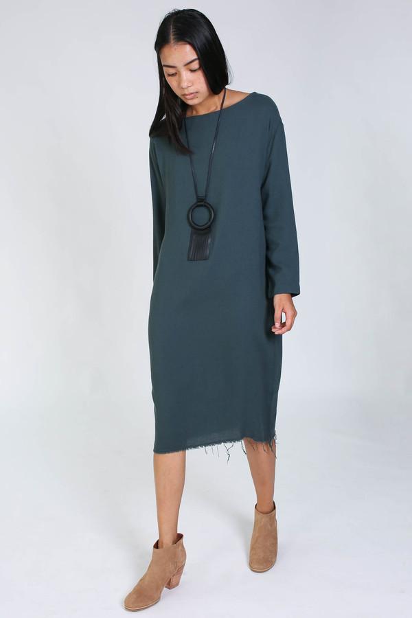 Black Crane Slim dress in dark shadow