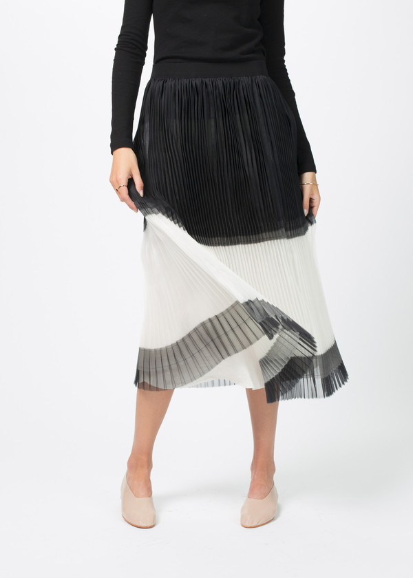 Sara Lanzi Pleated Silk Skirt