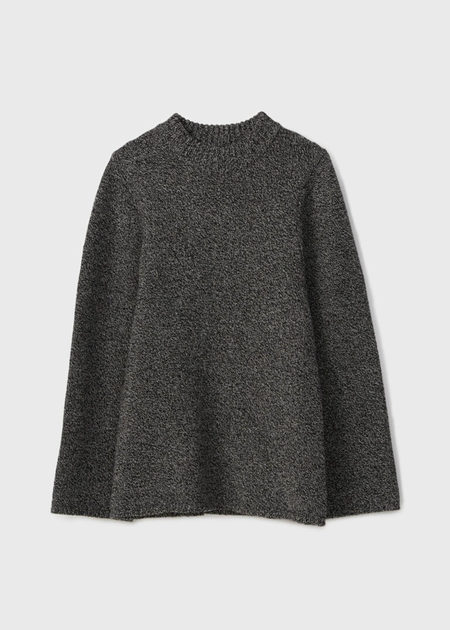 Totême KNITTED SWEATER WITH CURVED ARMHOLE