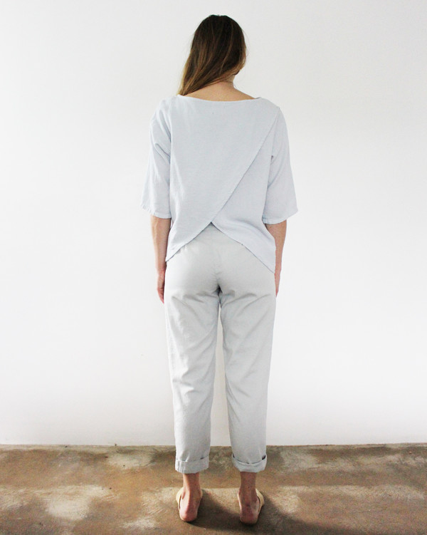 Esby LAURA OPEN BACK TOP - SKY GREY