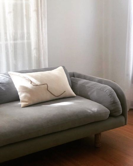 TWENTY ONE TONNES Salón cushion