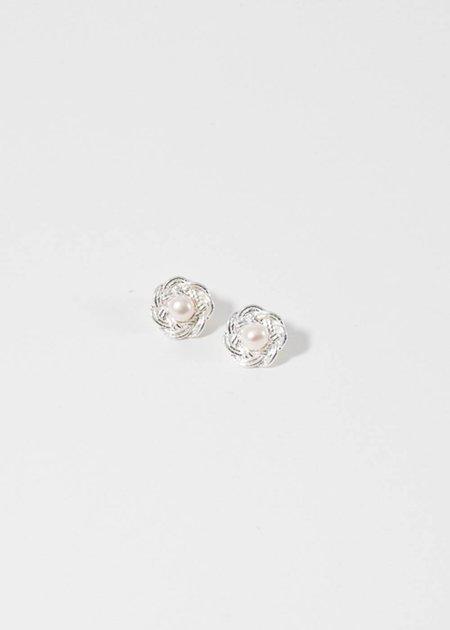 Mirit Weinstock Silver Mizuhiki flowers & pearls earrings