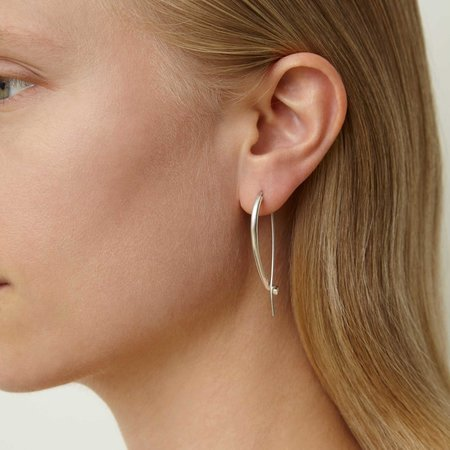 Quarry Large Triptych Earring - silver