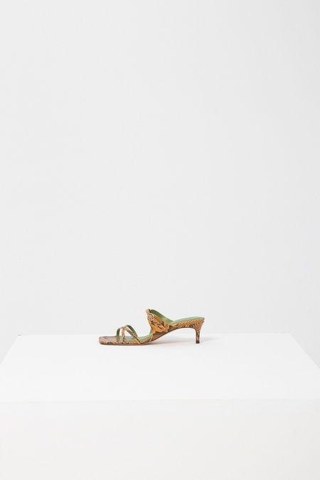 BY FAR BARNIE SNAKE PRINT LEATHER PUMP - YELLOW