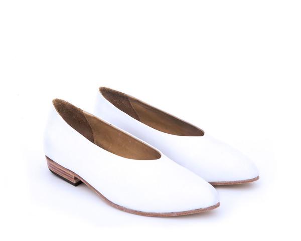 Zou Xou Glove Flat in White