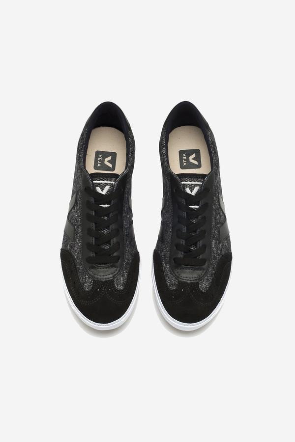 VEJA Volley Sneaker in black