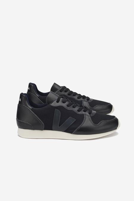 VEJA Holiday Mesh Sneaker in black