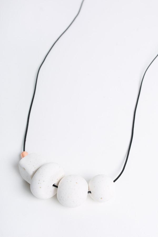 Pepper Train The Everyday Mono Necklace in white