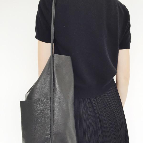 ARE Studio - Black Buoy Bag