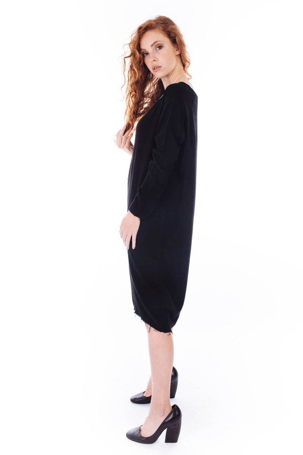 Black Crane Slim Dress (Black)