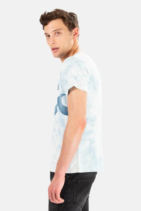 Remi Relief x Blue&Cream Tie Dye Hamptons Wave Graphic T-Shirt - Light Indigo