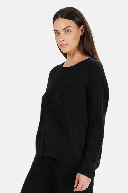 The Tile Club Evelyn Ribbed Cashmere Sweater - Black