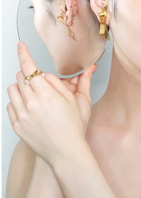 Mirit Weinstock Bow & Petite Pearls Ring - Gold